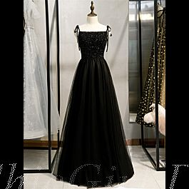 abendkleid abiballkleid lang schwarz tüll perlen glitzer mit spaghettiträger