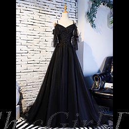 gothic a linie abendkleid brautkleid spaghettiträger rückenausschnitt schwarz tüll perlen rüschen